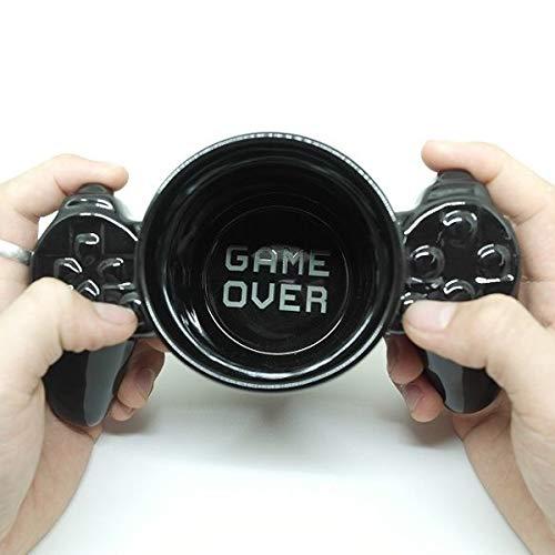 Copa controlador de videojuegos en taza de cerámica negro