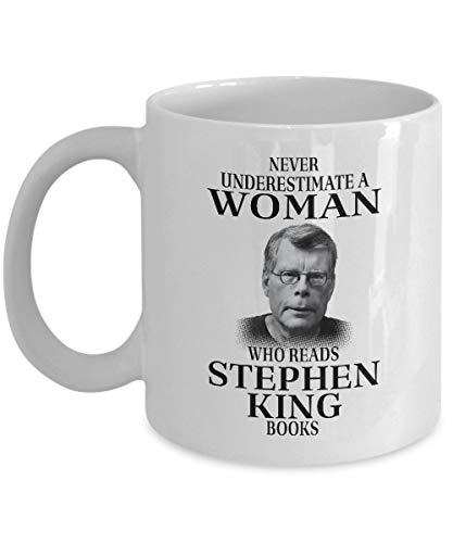 Wistty Nunca subestimes a una mujer que lee los libros de Stephen King Taza