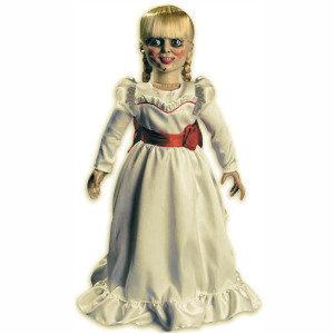 Figura Annabelle, decoración terror
